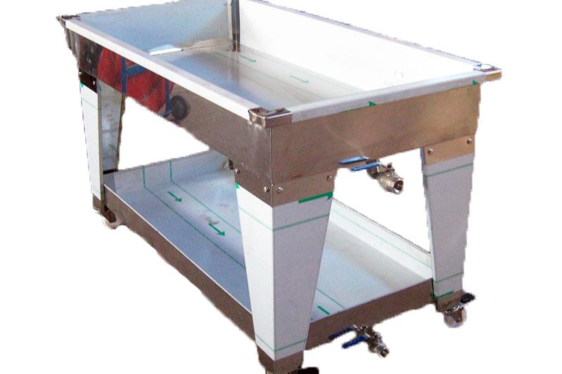 TABLE D' EGOUTTAGE - H 20 cm - avec bas inférieur